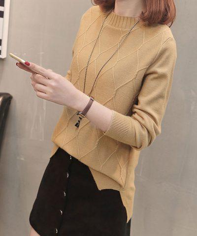Áo len kiểu hình thoi xẻ lai hình 3