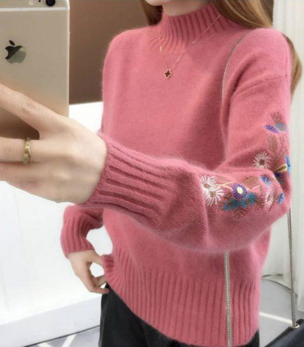Áo len tay thêu hoa cách điệu hồng 3
