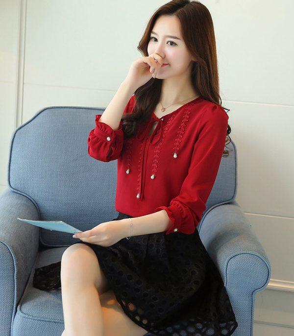 Áo kiểu phối ren đính ngọc trai cao cấp đỏ