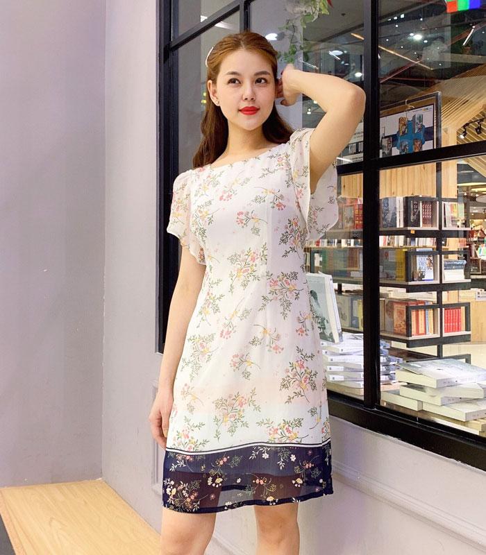 Đầm suông cổ vuông tay cánh tiên phối chân váy voan hoa màu đen hình 2
