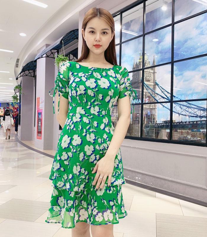 Đầm xòe phối tầng tay áo phối dây rút sắc xanh lá họa tiết hoa