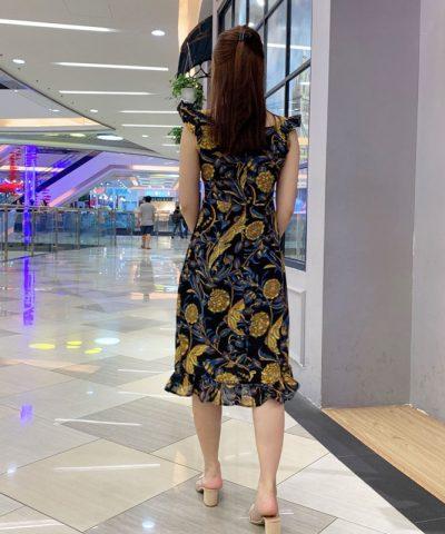 Đầm dây dáng suông cổ vuông phối bèo ở chân váy và dây áo hình 2