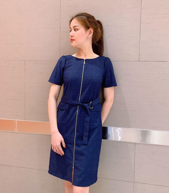 Đầm suông tay lửng phối khóa kéo, 2 túi nắp và thắt lưng hình 3