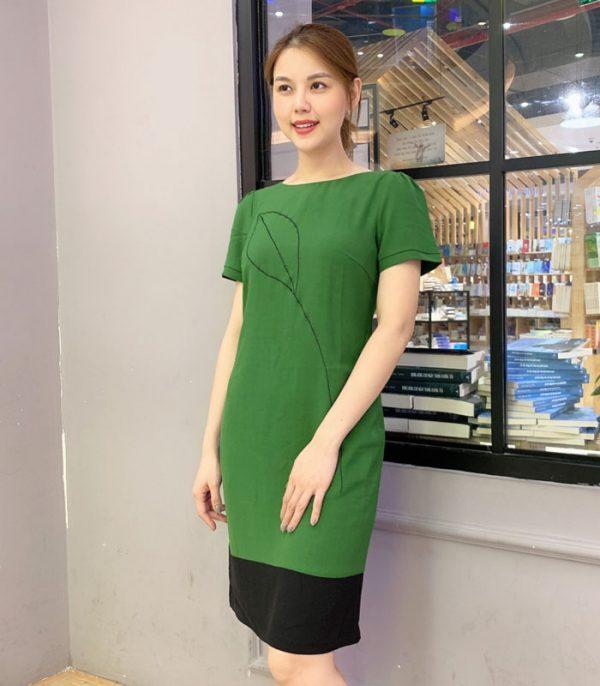 Đầm suông xanh lá chân váy phối sắc đen bản lớn mới lạ hình 2