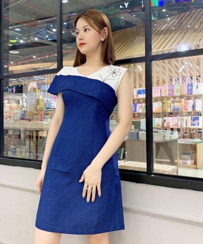 Đầm xanh chữ A bất với tay áo bất đối xứng hình 3