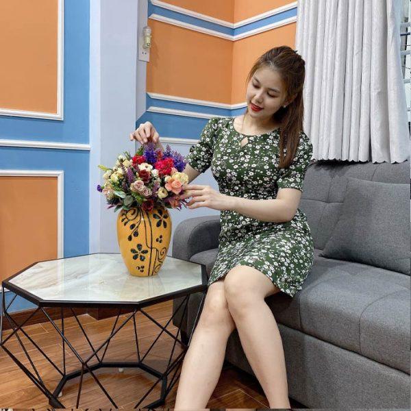 Đầm ôm chữ a hoạ tiết hoa cúc