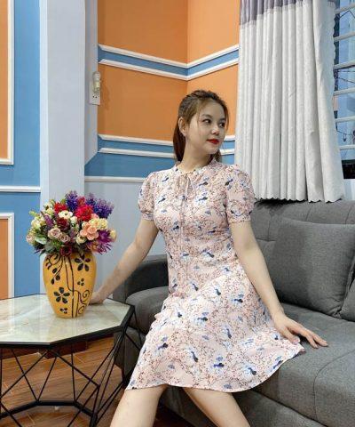 Đầm suông thắt nơ hoạ tiết hoa dễ thương