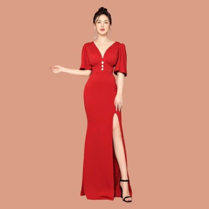 Đầm ôm body xẻ tà cổ V
