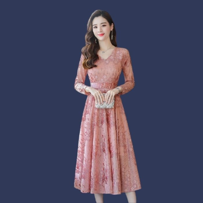 Đầm ren hồng xếp ly